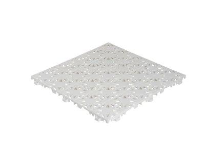 Bílá plastová dlaždice Hestra se zámkovým spojem detail na strukturu povrchu